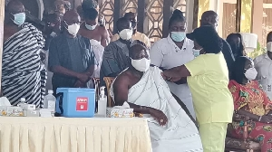 Asantehene taking Covid-19 jab